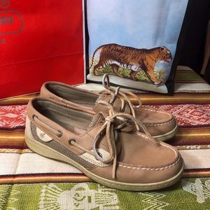 Sperry leather classic loafer boat shoe